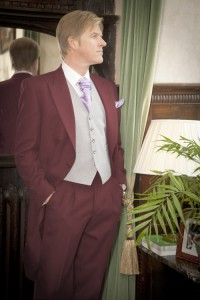 MorningSuit DuskeyPink 200x300 Morning Suit Facts and Features